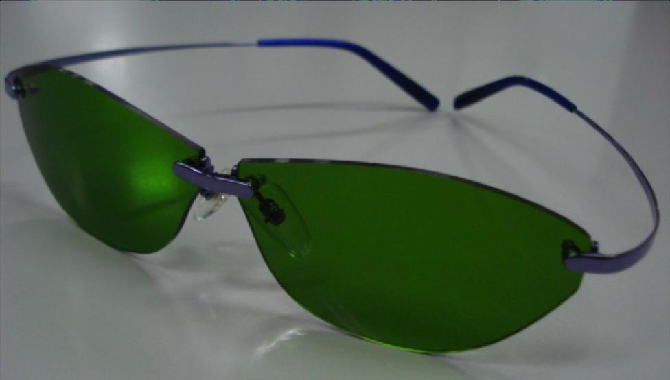 Super ハイコントラストサングラスフレームカラー:インディコライト(光沢ブルーミラー色)